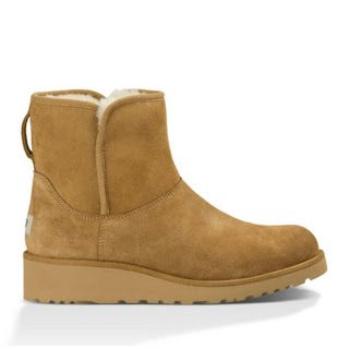 Sheaffer Told Me To UGG Love!