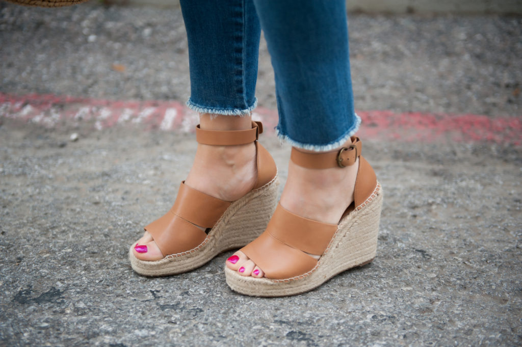 cognac wedges and best jeans for summer 2018